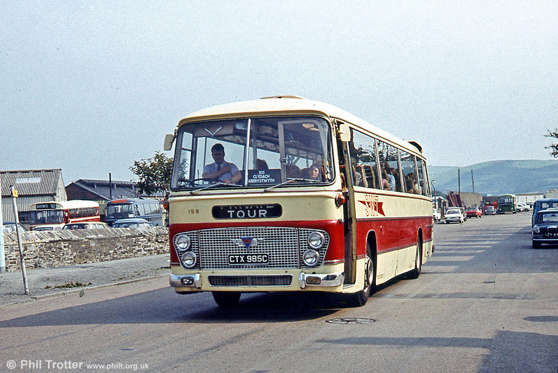 158 (CTX 985C), an AEC Reliance/Duple C51F seen at Aberystwyth on service X15.