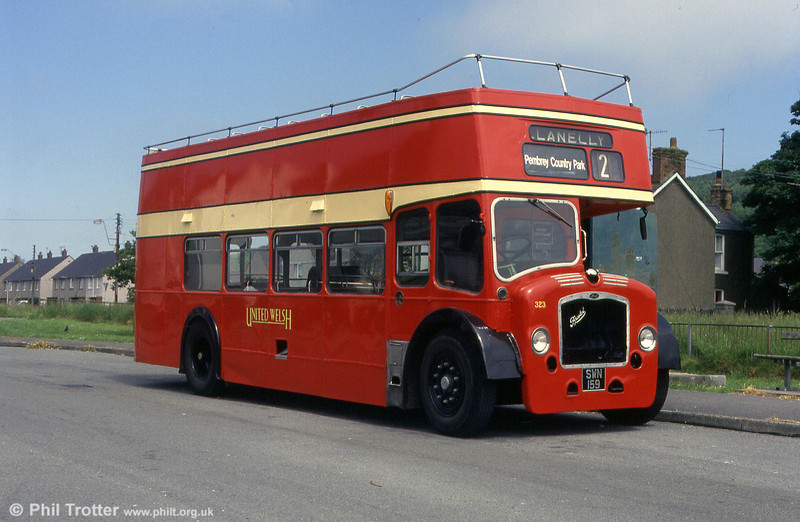 Another view of preserved United Welsh Bristol LD6G/ECW (formerly H33/27R) 323 (SWN 159) at Pembrey, Trenel.