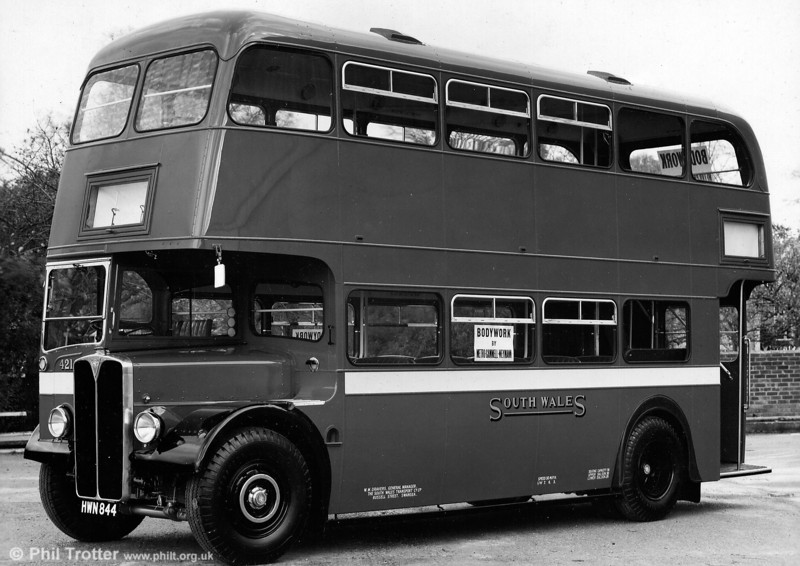 The final batch of highbridge AEC Regent IIIs were 21 for trolleybus replacement at Llanelli, delivered in 1952. 421 (HWN 844) carried a Weymann H30/26R body displaying some RT-style features such as the fill-in between the nearside wing and the front bulkhead.