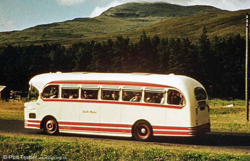 1956 AEC Reliance/Weymann C37F 1028 (NCY 622) in profile.