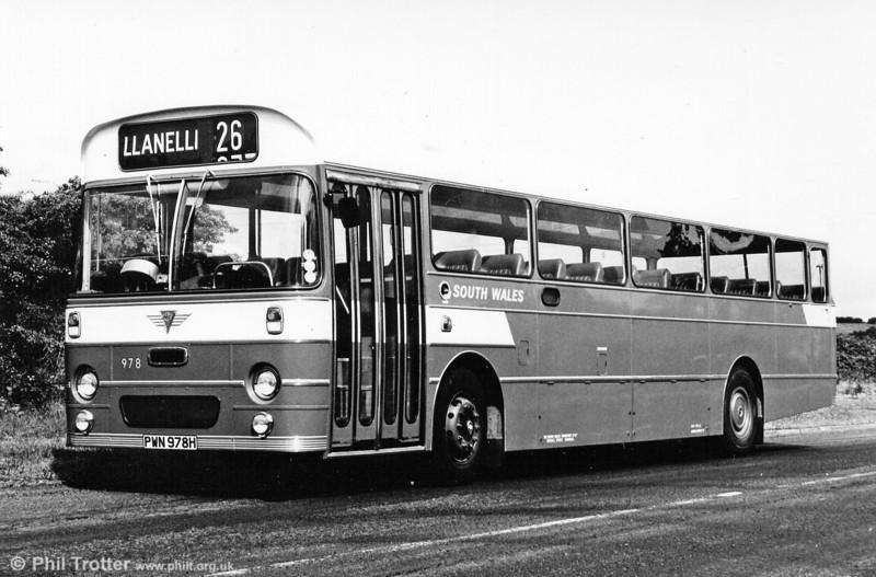 AEC Reliance/Marshall DP49F 978 (PWN 978G).