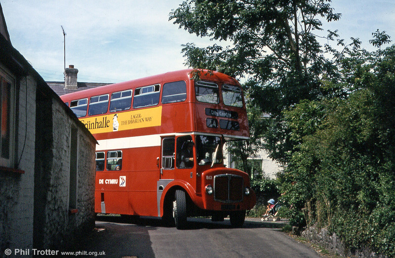 The reason for keeping the final small batch of AEC Regent Vs until 1982 was that they were at the time the only suitable vehicles for negotiating Plough Corner at Murton. Illustrating the point is 863 (CCY 983C).