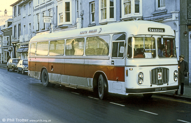 501 (KCY 211E) was a 1967 Bristol RELH6G/ECW C47F, formerly United Welsh 53 and seen in Brecon after repaint into an interim local coach livery.