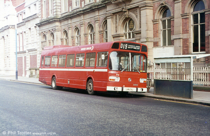 Leyland National B52F 711 (LWN 711L) is seen in original condition with narrow waistband, Leyland Badge and the first style of National Bus fleetnames.