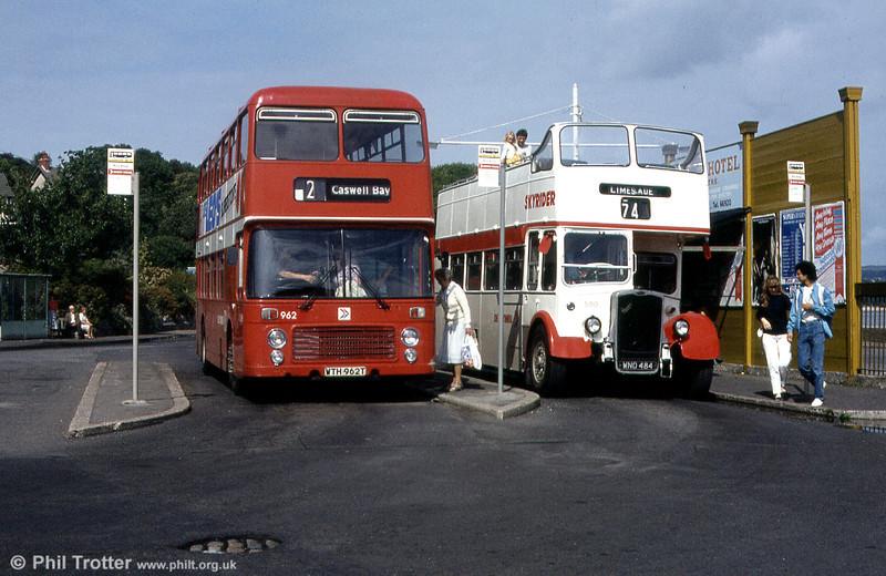 Bristol VRT SL3/ECW H43/31F 962 (WTH 962T) and Bristol KSW5G/ECW O33/28R 500 (WNO 484) at Oystermouth.