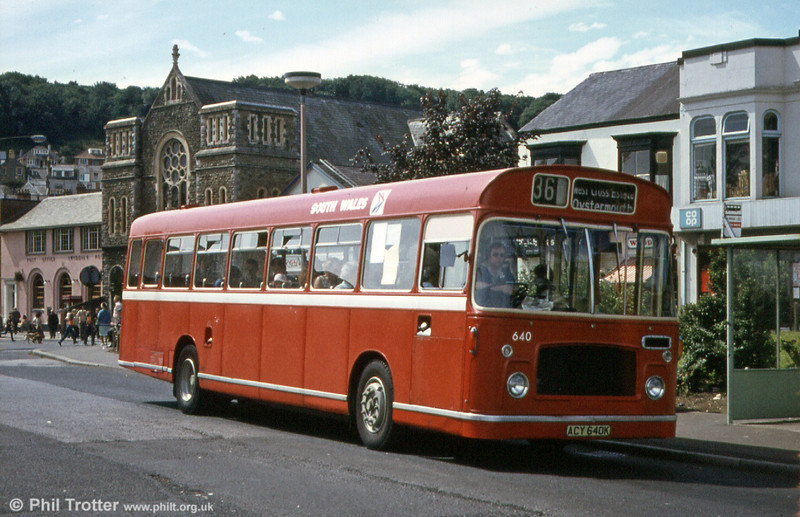 Bristol RELL6G/ECW B53F 640 (ACY 640K) at Oystermouth with local service 36 to West Cross.