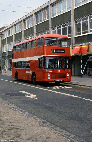 Bristol VRT SL3/ECW H43/31F 914 (OCY 914R).