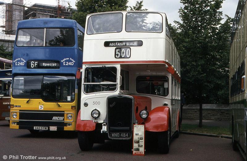 Bristol KSW5G/ECW O33/28R 500 (WNO 484) at Cardiff Rally in the company of Bristol 6001 (DAE 511W), a Metrobus/MCW H46/30F.