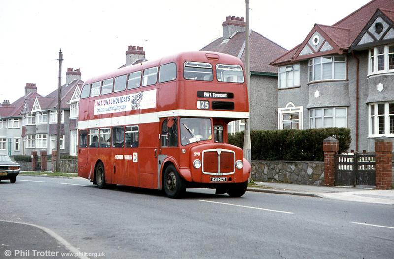 AEC Regent V/Park Royal H39/32F 598 (431 HCY).