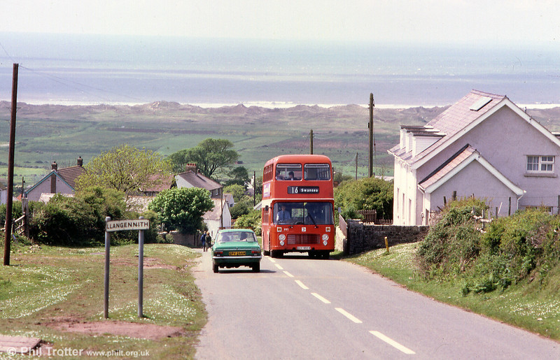 Bristol VRT SL3/ECW H43/31F 991 (ECY 991V) climbs out of Llangennith.