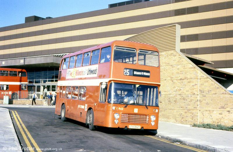 Bristol VRT SL3/ECW H43/31F 942 (VTH 942T).