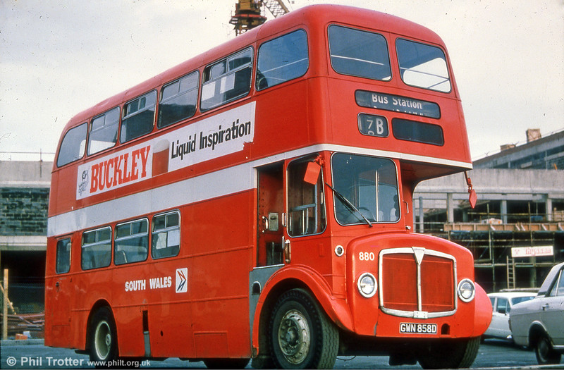 The Quadrant Bus Station was still under construction in this view of AEC Regent V/Willowbrook H37/27F 880 (GWN 858D).