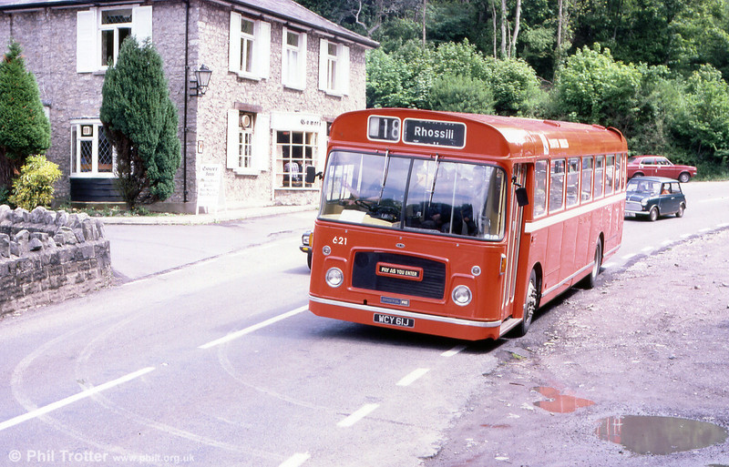 621 (WCY 61J), a Bristol RELL6G/ECW B53F passes the Gower Inn, Parkmill.