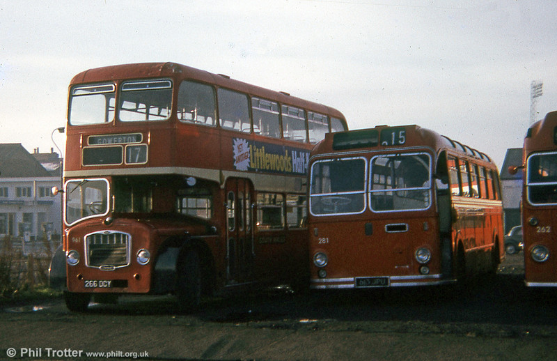 Former United Welsh Bristol FSF6G/ECW H34/26F 961 (266 DCY) and former City of Oxford Bristol LS6G/ECE DP45F 281 (613 JPU) in 1974.