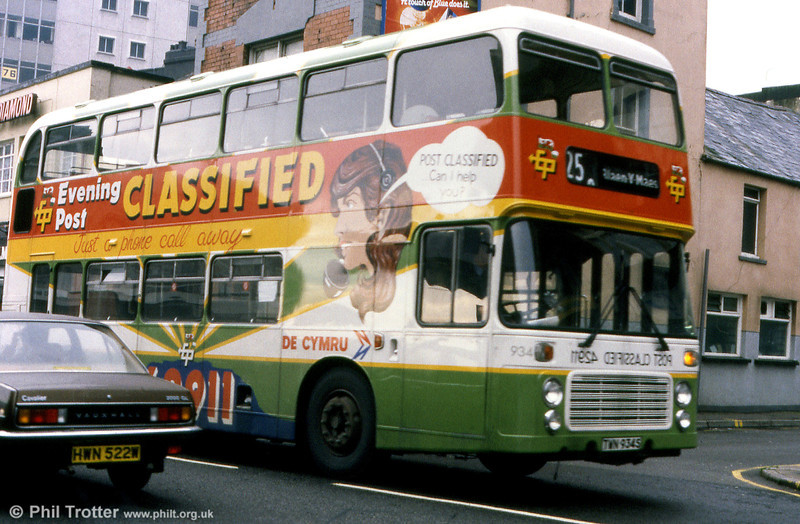 Bristol VRT SL3/ECW H43/31F 934 (TWN 934S) with Evening Post advertising livery.