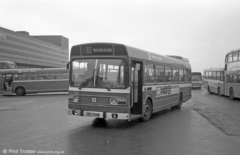 733 (TCY 733M), a Leyland National B52F at Swansea.