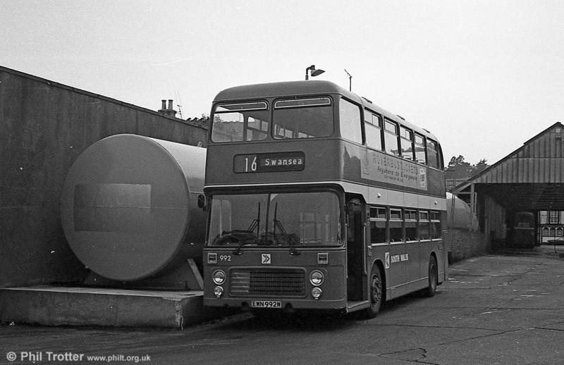 Bristol VRT 992 (EWN 992W) with ECW H43/31F at Brunswick St.