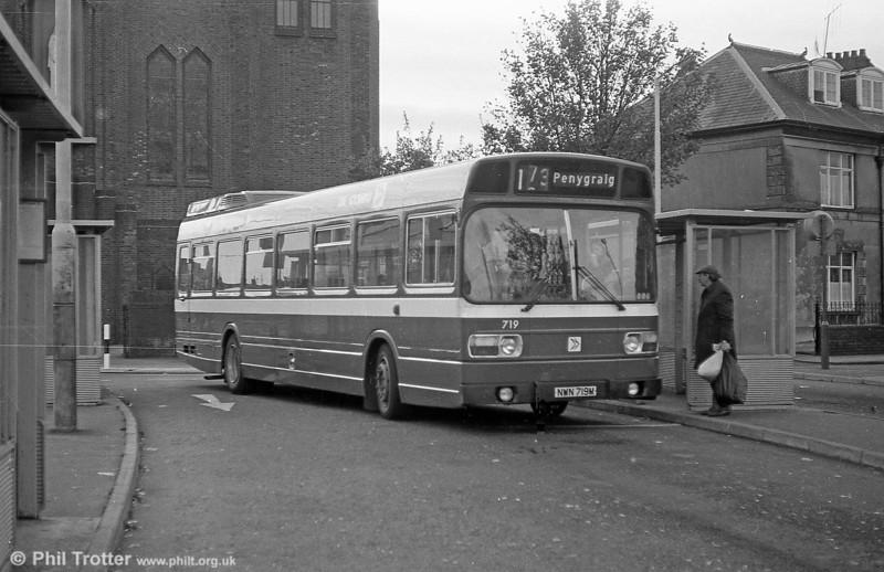719 (NWN 719M), a Leyland National B52F at Llanelli.