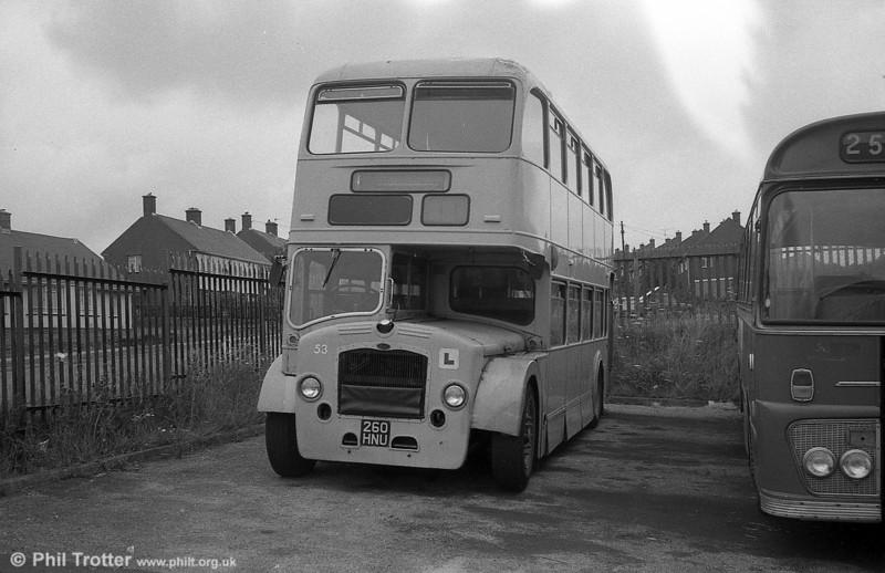 Former Midland General Bristol LD6G/ECW H33/25RD 53 (ex-908) (261 HNU).