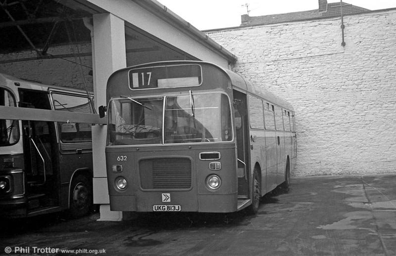 Bristol RELL6L/Marshall B51F 632 (UKG 813J) at Brunswick St. In March 1982,632 became the first of this type to be withdrawn.