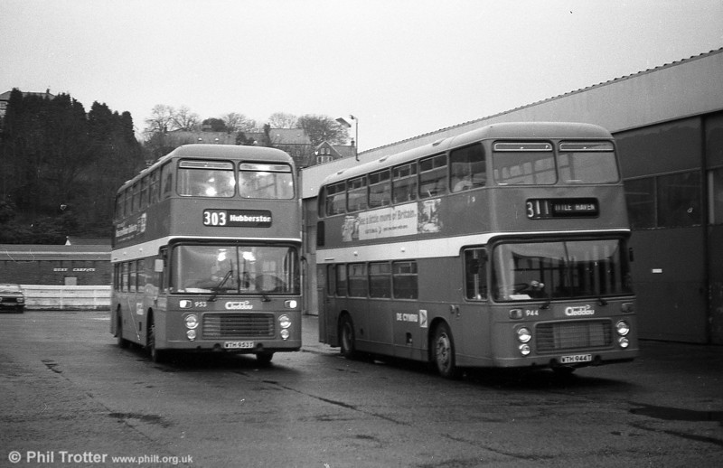 Bristol VRT SL3/ECW H43/31F 944 (WTH 944T) with 953 at Haverfordwest.
