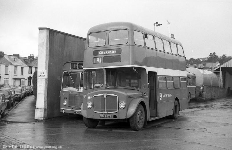 AEC Regent V/Willowbrook H37/27F 889 (GWN 867E) at Brunswick St.
