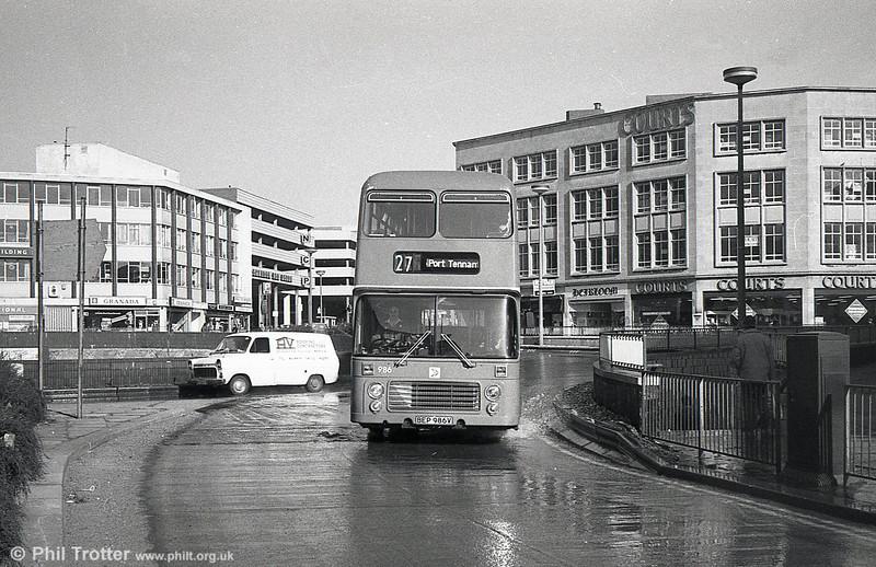 Bristol VRT 986 (BEP 986V) with ECW H43/31F at Swansea.