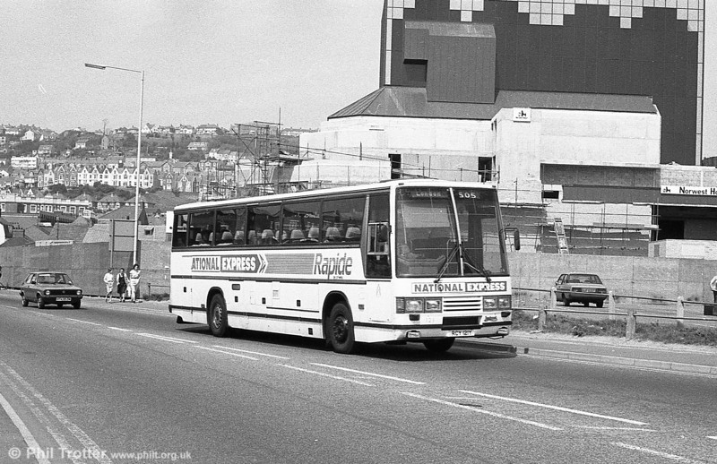 121 (RCY 121Y), a 1983 Leyland Tiger/Duple Caribbean C46FT at Swansea.