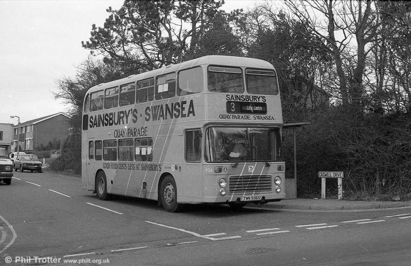 Bristol VRT SL3/ECW H43/31F 936 (TWN 936S) in Sainsbury's livery at Newton.