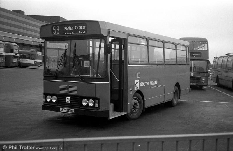 300 (LCY 300X), a Bedford YMQ/S with Lex B37F body