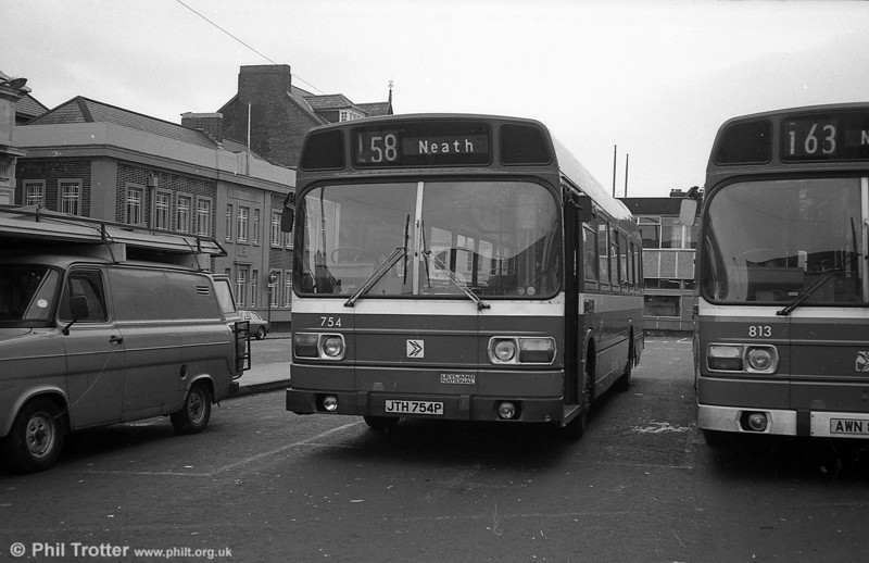 754 (JTH 754P), a Leyland National B52F at Neath.
