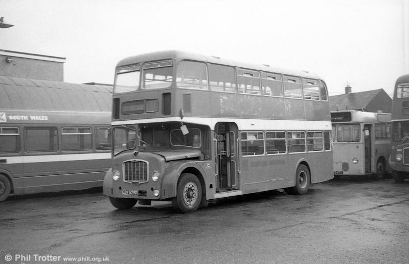 EDV 529D Bristol FLF6G / ECW H38/32F formerly Western National 2117.