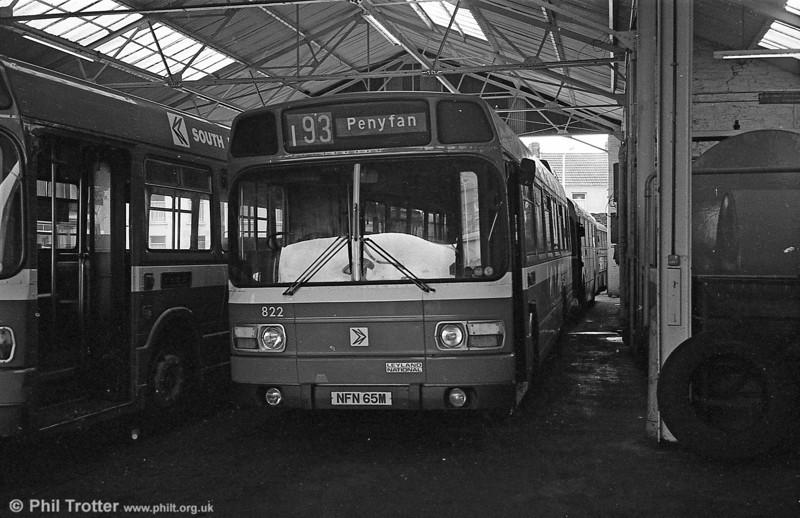 Leyland National B52F 822 (NFN 65M), ex-East Kent 1065 at Llanelli.