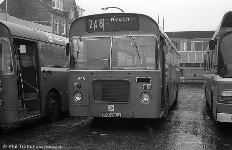 Bristol RELL6L/Marshall B51F 638 (UKG 817J) at Neath Station.