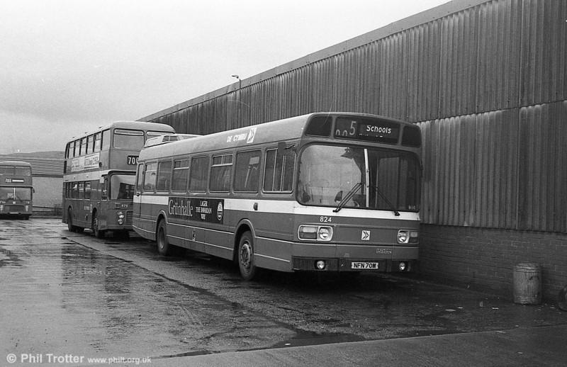 Leyland National B52F 824 (NFN 70M), ex-East Kent 1070 at Pontardawe.