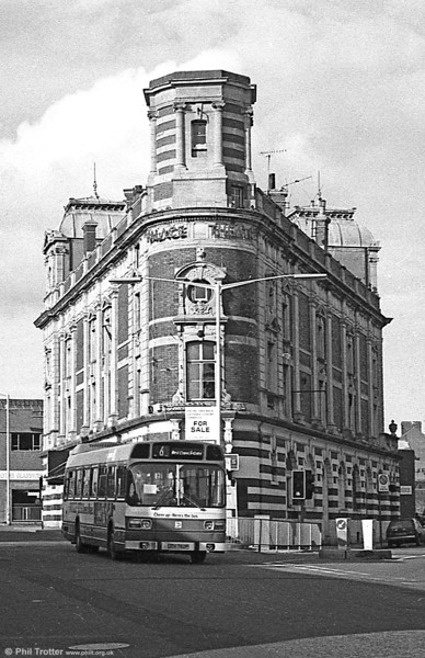 The Palace Theatre again, with 762 (JTH 762P), a Leyland National B52F passing.