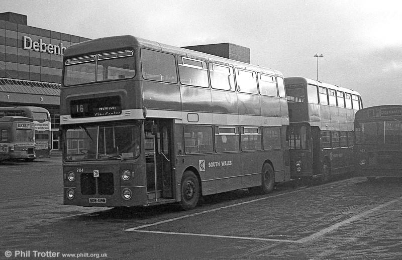 904 (NOB 419M), a Bristol VRT/MCW H43/31F, ex-West Midlands PTE 4419 at Swansea.