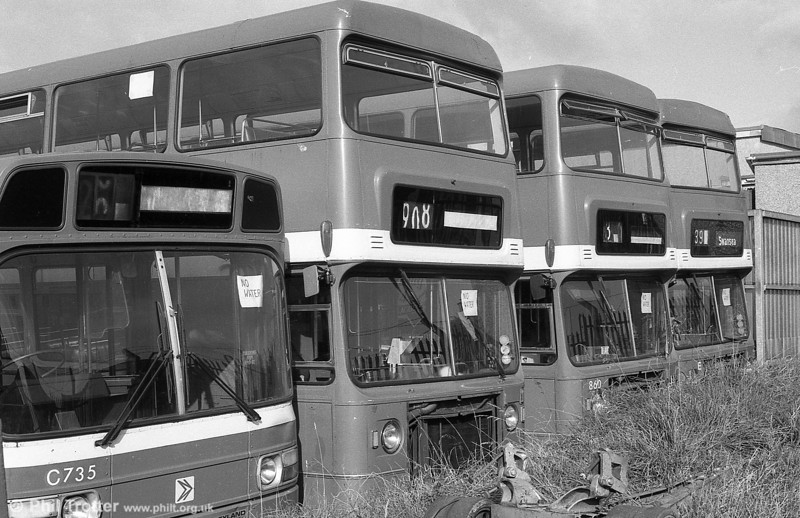860 (TOE 434M), a Bristol VRT/MCW  H43/31F, ex-West Midlands PTE 4434 and two others after withdrawal at Ravenhill.
