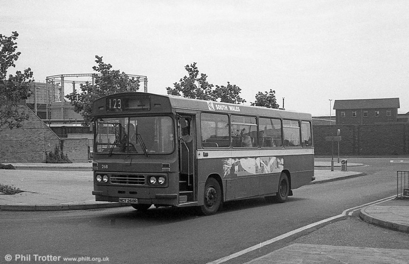The only Ford R1014/Duple B43F in service at the end of June 1982 were 268 (NCY 268R) at Pontardawe and 269/72/6 (NCY 269R etc.) at Port Talbot. 268 (NCY 268R) arrives at Swansea.