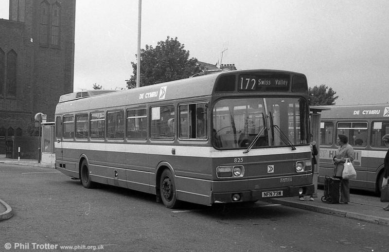 Leyland National B52F 825 (NFN 73M), ex-East Kent 1073 at Llanelli.