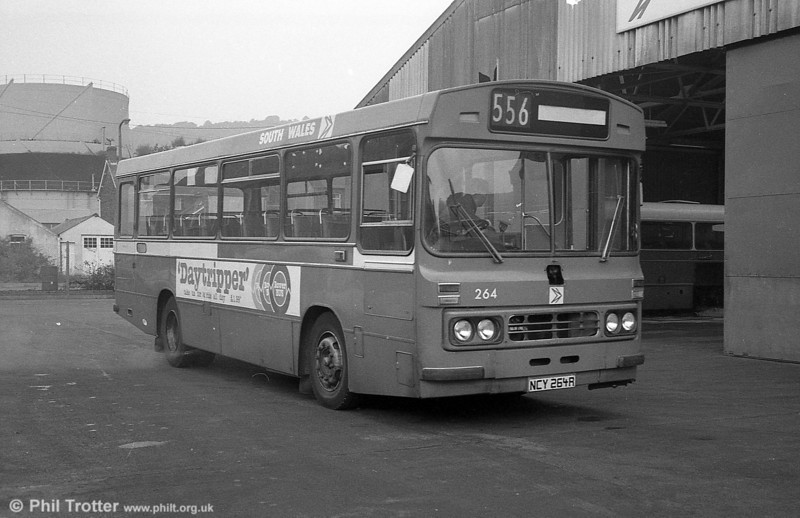 Ford R1014/Duple B43F 264 (NCY 264R) at Pontardawe.