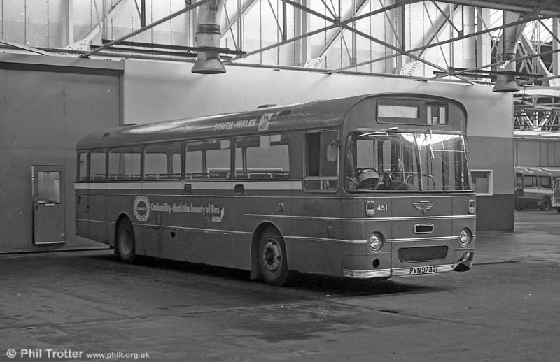 451 (PWN 973G) was a 1969 AEC Reliance 6MU2R with a Marshall B52F body.