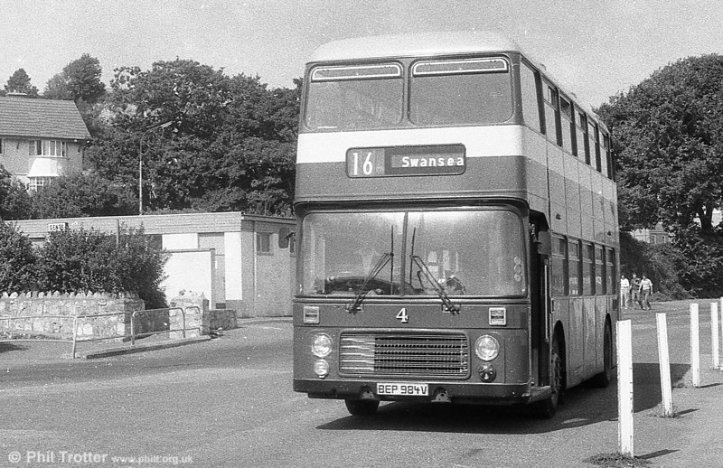 In 1982, Bristol VRT 984 (BEP 984V) with ECW H43/31F was repainted n the livery of the Mumbles Railway railcars.