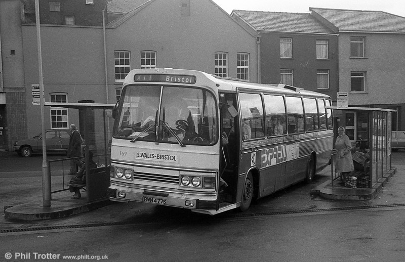 Leyland Leopard/Duple DP49F 169 (RWN 477S) at Carmarthen.