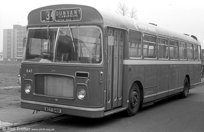 Bristol RELL6G/ECW B53F 641 (ACY 641K).