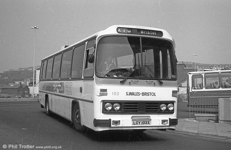 103 (LCY 103X), a 1981 Leyland Leopard/Willowbrook 003 C49F.
