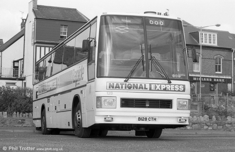 128 (B128 CTH), a 1985 Leyland Tiger/Duple Caribbean 2 C48FT seen when new.