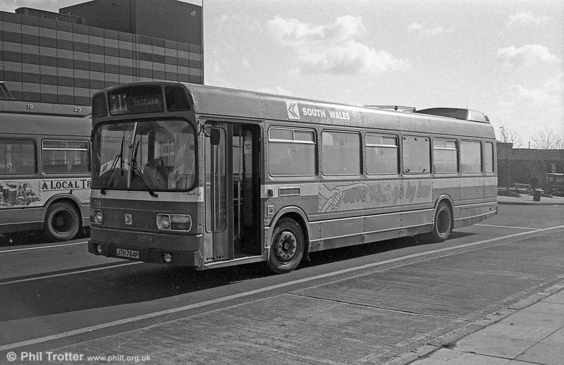 764 (JTH 764P), a Leyland National B52F at Swansea.