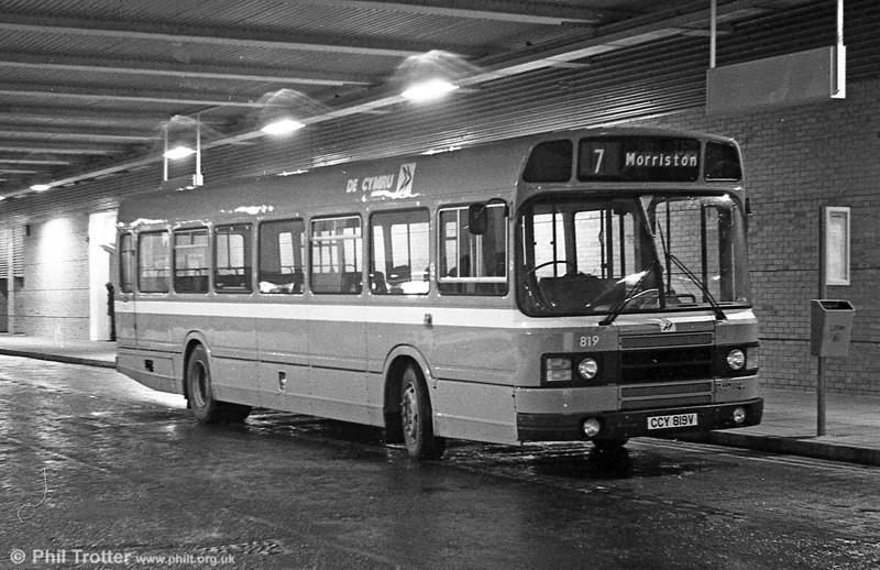 Leyland National 2/B52F 819 (CCY 819V) at Swansea.