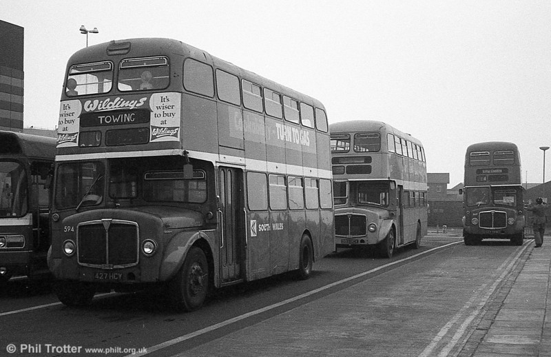1964 AEC Regent V/Weymann H39/32F 594 (427 HCY) in use as a towing vehicle during the final tour of February 27th 1982.